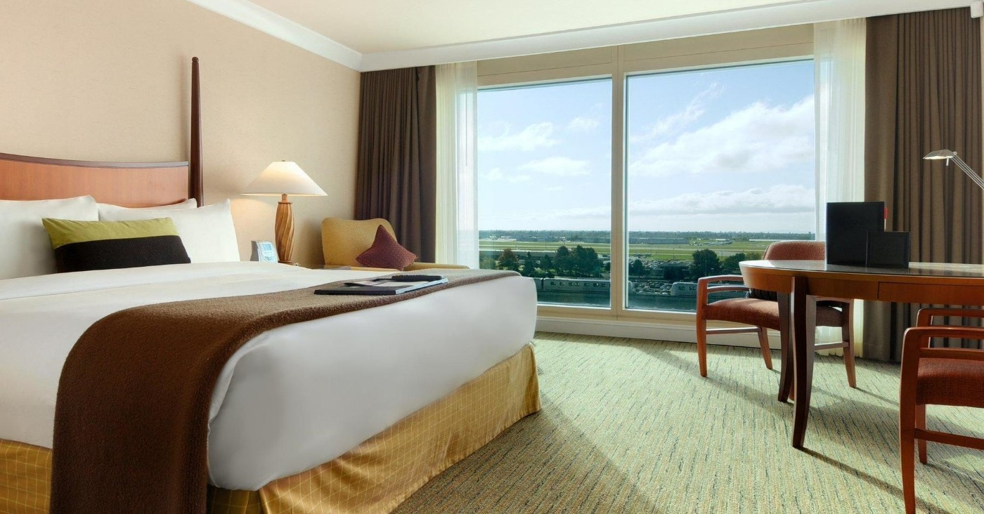 sound proofing, noise reduction, noise supression for the hospitality sector incusing hotels, hostels, bed and breakfast