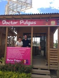 Mónika Cuartas y Carlos Naranjo en Doctor Pulgas