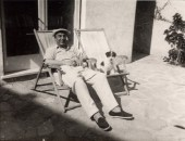 Pablo Neruda y su perro