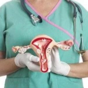 """Vârsta la care apar cele mai multe cancere ale femeilor. Medic: """"Mergeți neapărat la ginecolog dacă aveți aceste simptome!"""""""