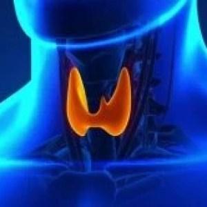 """Expert în tratarea cancerului tiroidian: """"Atenție la durerea de tiroidă și la schimbarea vocii!"""""""