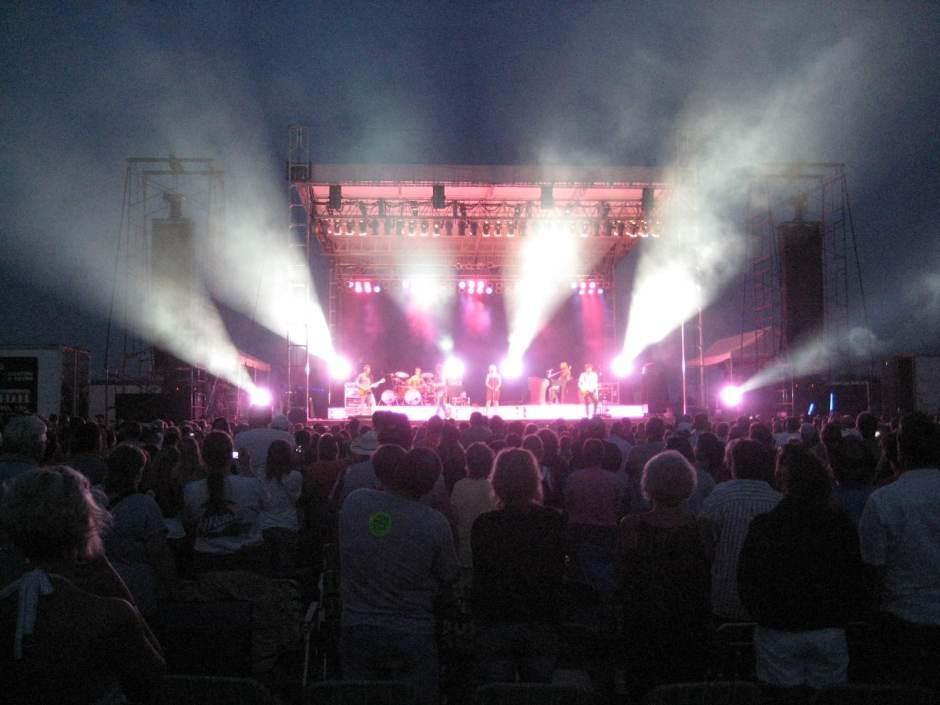 Kellie Pickler Outdoor Concert