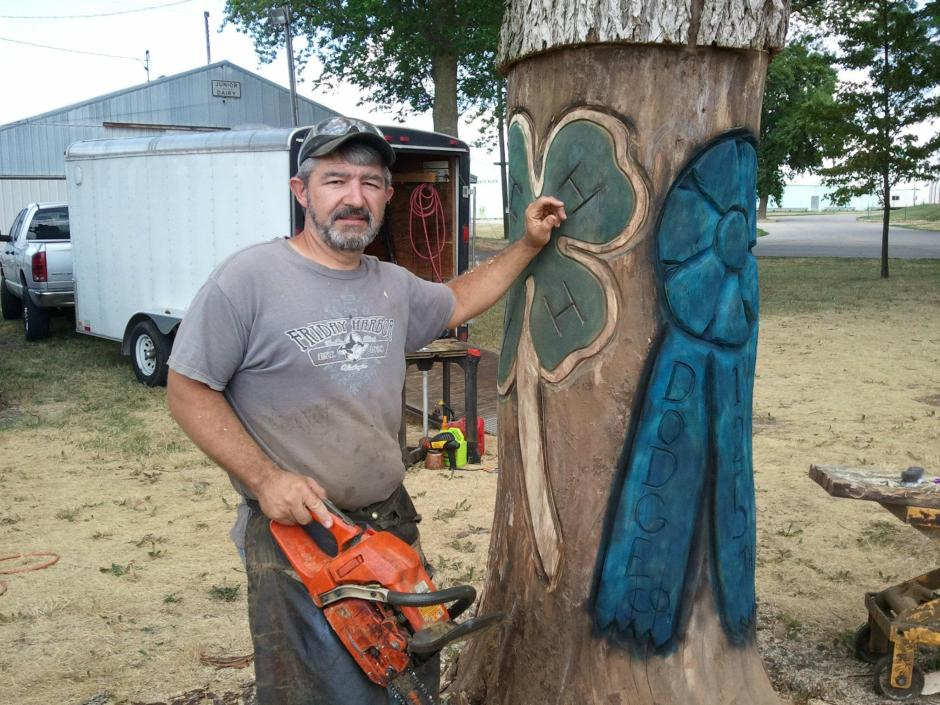 Radio Park 125th Anniversary Chainsaw Carving