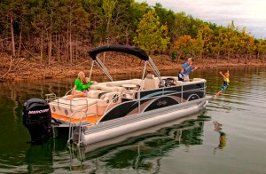 Pontoon Boat Sale and Show