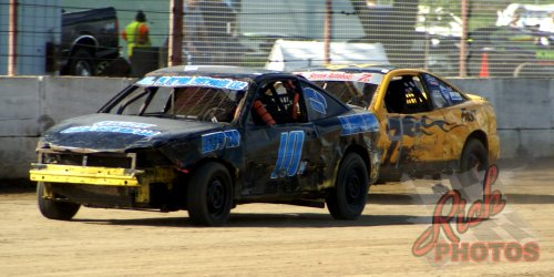 Vic's Auto Furious Fours Dirt Track Racing Beaver Dam WI