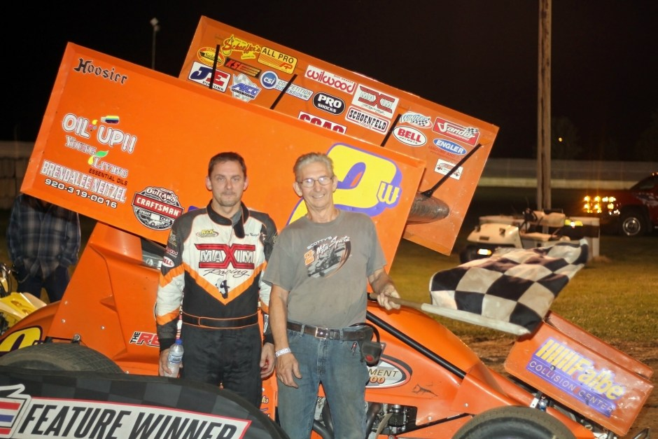 Scotty Neitzel wins IRA Sprint Car Feature