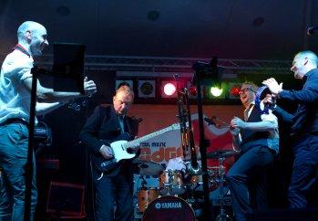 Dodgey Practice Devon Wedding & Party Band 17