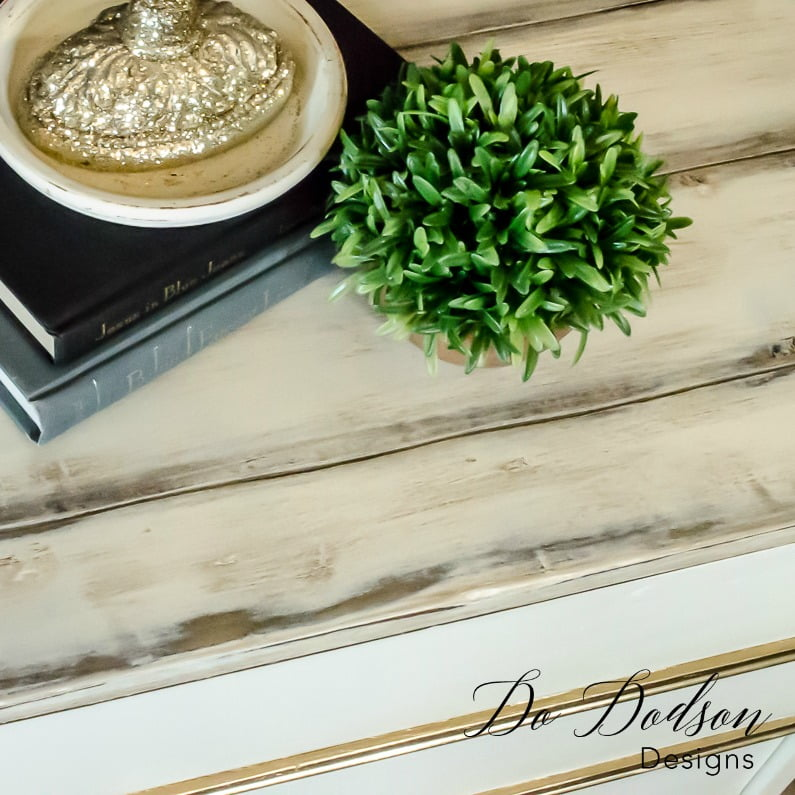 Faux plank table top / Dixie Nightstand / Painted Furniture Makeover