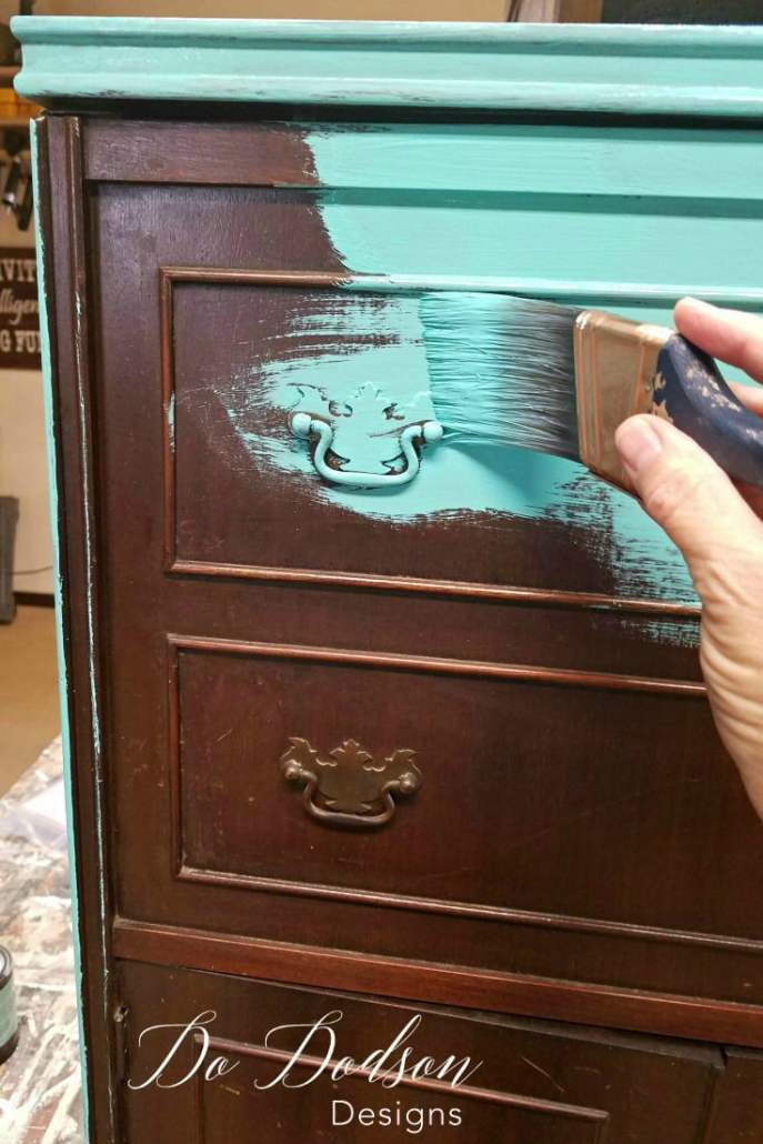 Forget Paint, Try Copper Leaf Finish On Your Furniture. You won't believe the transformation this mini bar got! #dododsondesigns #paintedfruniture #furnituremakeover #copperleaf #furnitureflip #repurposedfurniture #diyproject