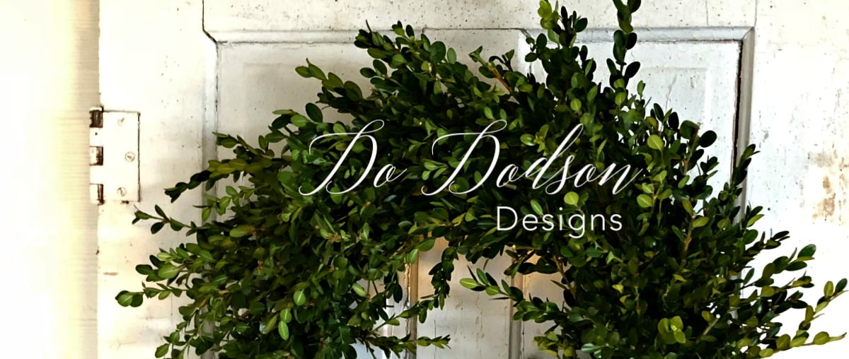 How To Quickly Make An Outdoor Wreath For Your Front Door