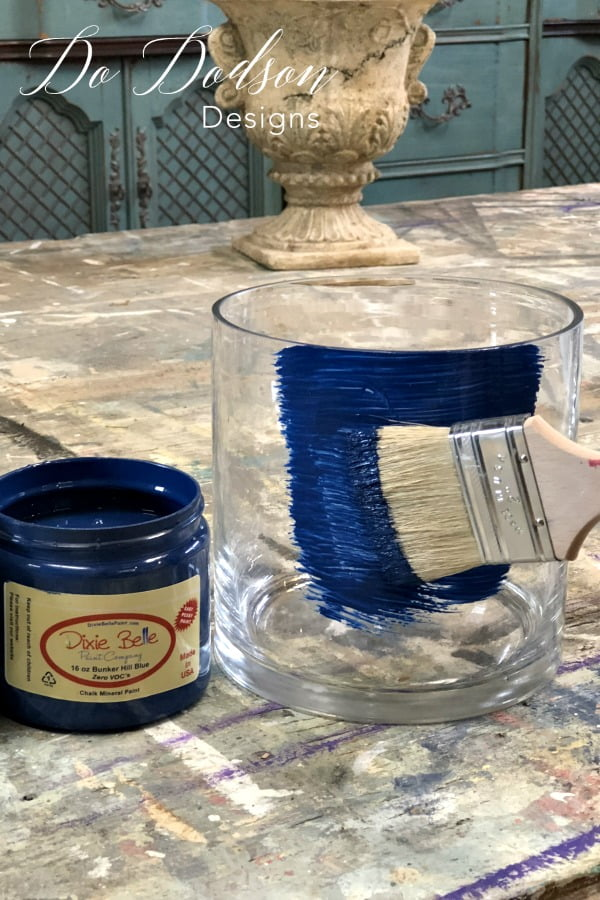 Look What Adding Rust Paint Did To This Glass Vase! #dododsondesigns #rustpaint #rusteffectpaint #paintedglass #bestpaintforglass #glasspaintingdesigns