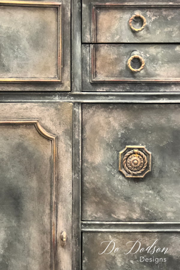 The final step in the Old World Finish was to apply gilding wax to the hardware and over the layered paint around the edges of the drawers and in the corners.