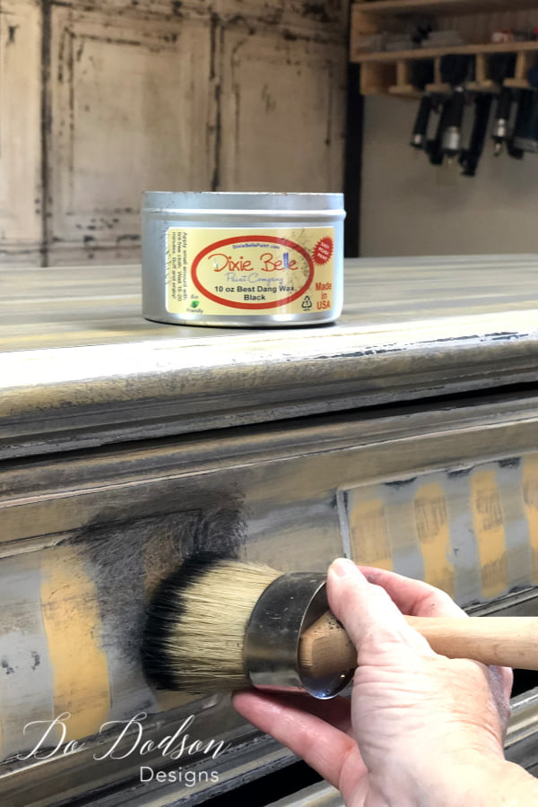 Because I used THE best chalk paint, I just had to use the Best Dang Wax. Seriously, that's the name of it. It really stands up to it's name. I added the black wax with my wax brush andmade sure I got it into all the details.