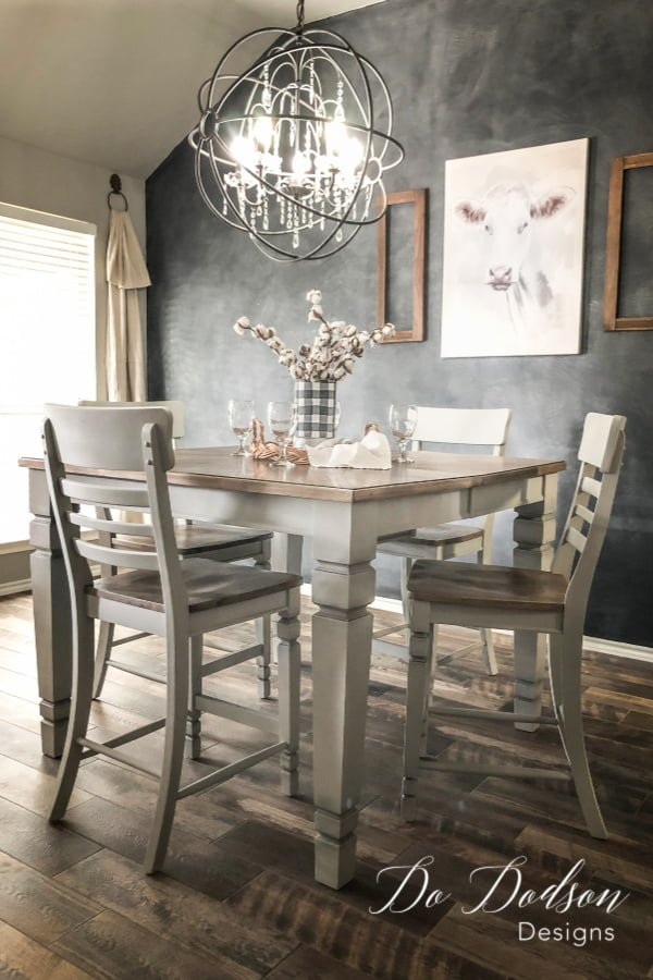 What a sweet farm table and the perfect size for a breakfast nook.