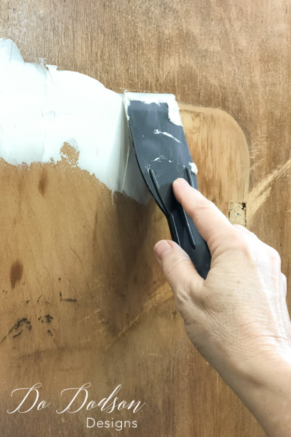 This is an easy wood filler to apply. Just smooth it on and let it dry. Sand it with a 220 grit sand paper and it's ready for painting.