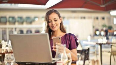 build close connection with e commerce client