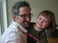 Elliots pappa John var också med och firade mig!
