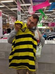 Husse funderar på att bli bi...