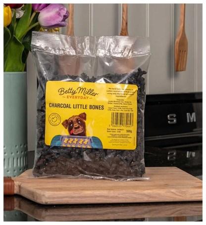 060525770647 Betty Miller Charcoal Little Bones 500g Biscuit Treats