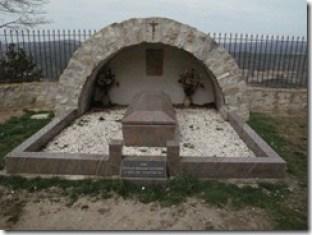 Aspecto actual de la tumba de Berenger Sauniere en Rennes-le-Chateau