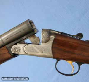 "BERETTA - - 426E - 20ga - side-by-side shotgun - 28"" M / F - Hand Engraved"