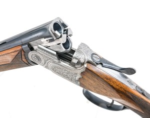 "Lot 112: Beretta model ASEL Over Under shotgun chambered for 2 3/4"" or 3"" 20 gauge:"