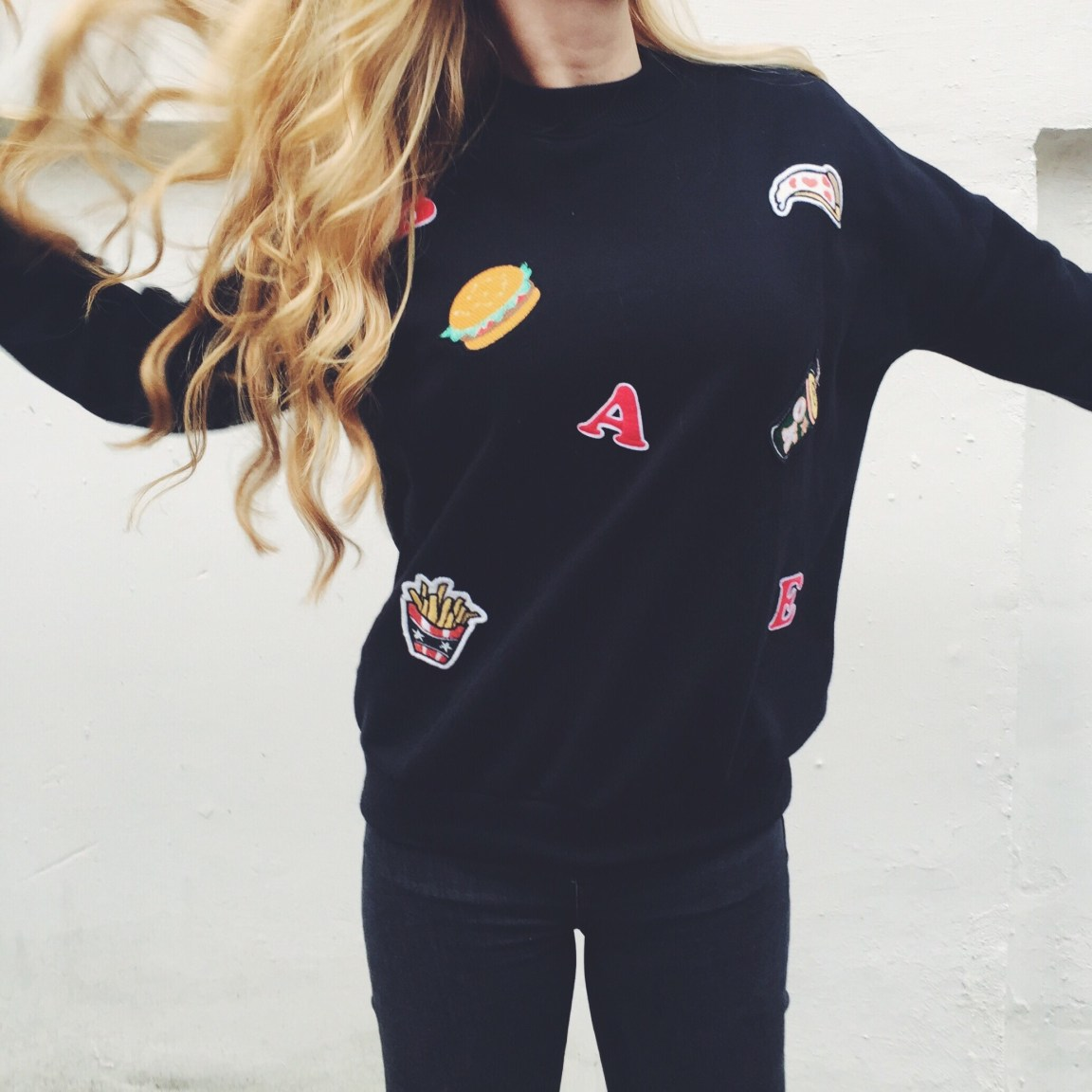 Hamburger & Pizza Sweater from Pull&Bear