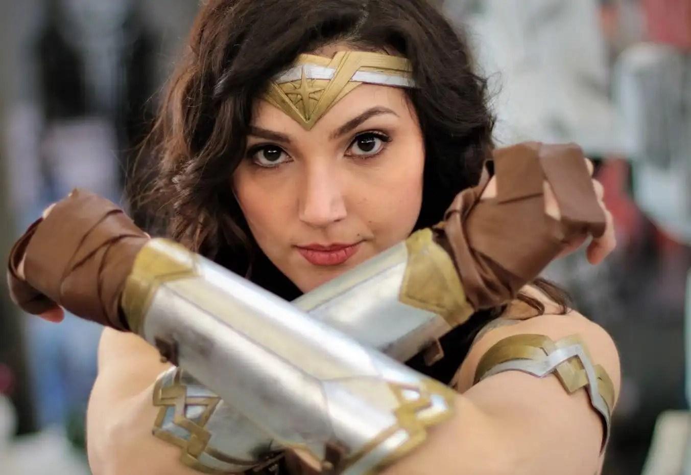 La cosplayer Ale Bry è Gal Gadot, la celebre Wonder Woman del cinema!