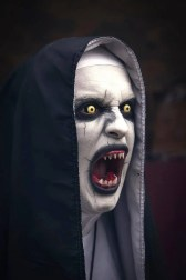 the nun cosplay