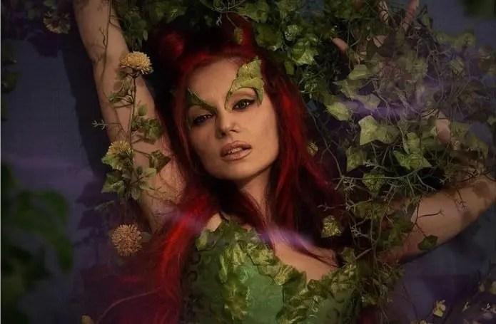 L'affascinante e letale Poison Ivy è interpretata dalla cosplayer Bianca Giansante!