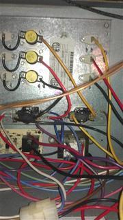 8321d1359077244 installing honeywell rth6580wf elec bu heat question heat pump system imag0346sg?resize=180%2C320&ssl=1 janitrol hpt18 60 thermostat wiring diagram wiring diagram janitrol hpt18 60 thermostat wiring diagram at soozxer.org
