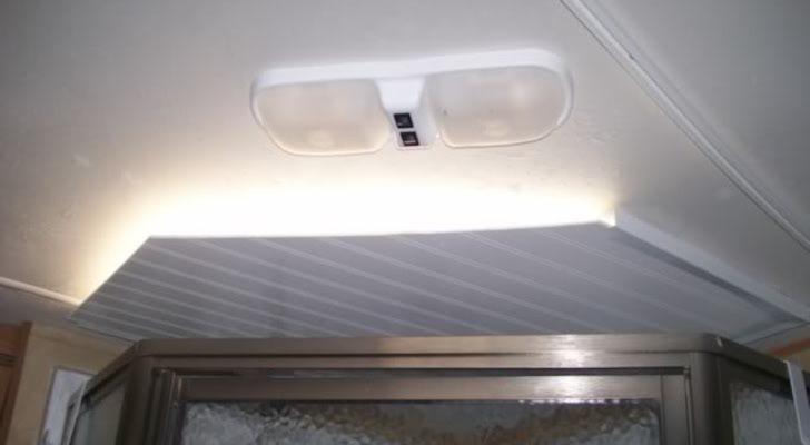 Bathroom Vent Light