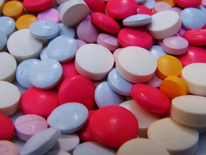 obat-obatan memiliki efek samping yang dapat merontokkan rambut Anda
