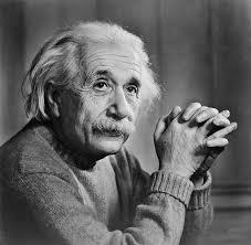 अल्बर्ट आइंस्टीन के अनमोल विचार Albert Einstein Quotes in Hindi