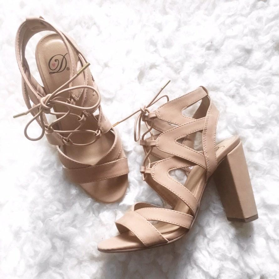 [:en]lace up sandals