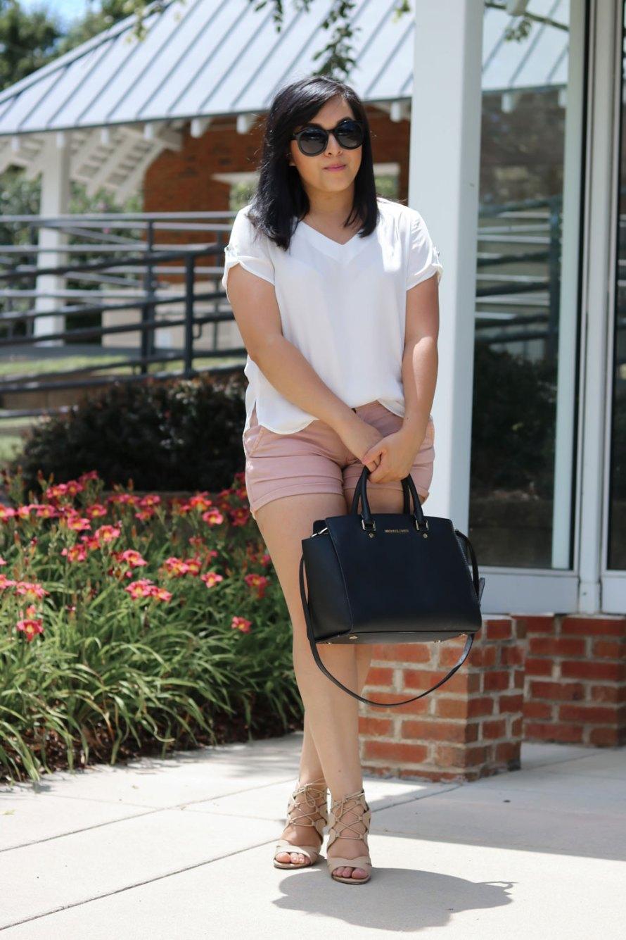 mauve shorts outfit