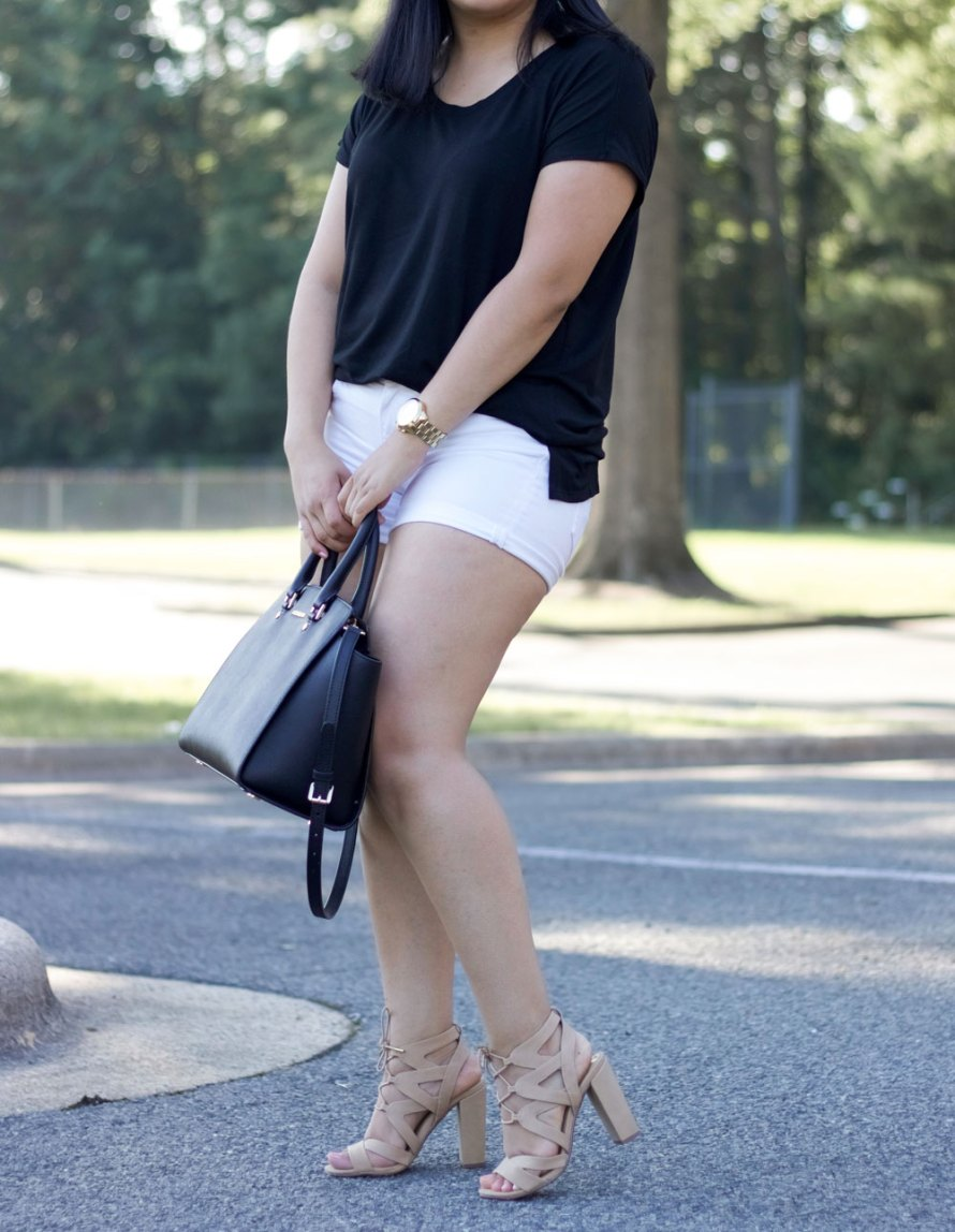 black t-shirt summer outfit