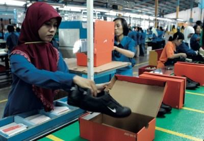 nike sfruttamento lavoro fabbrica