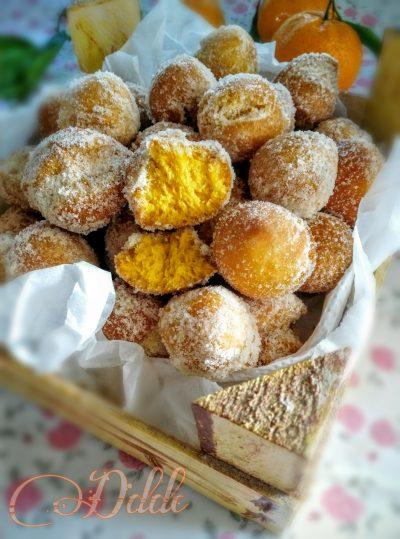 Castagnole con zucca e amaretto