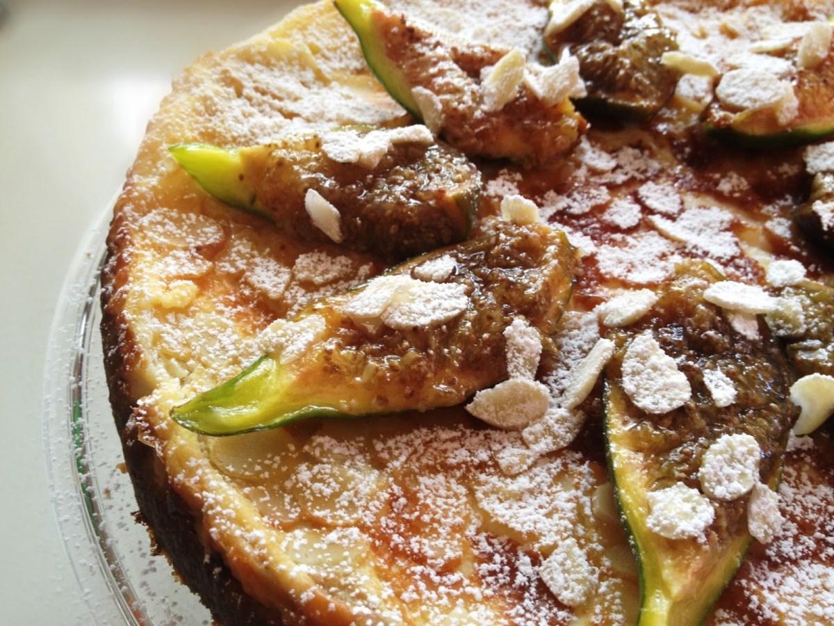 Cheesecake con crema di ricotta e fichi, con cottura