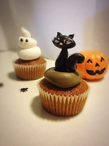 Halloween cupcake gatto