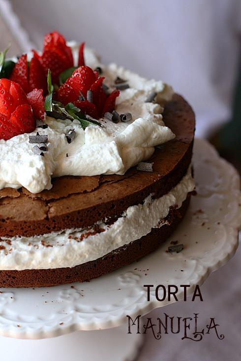 Torta manuela e fragole 1