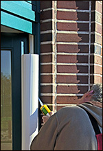 Klemmschutz Montage an Kindergarten-Tür