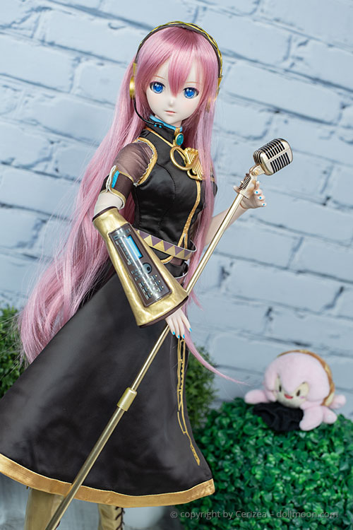Assembled Luka is ready to rock!