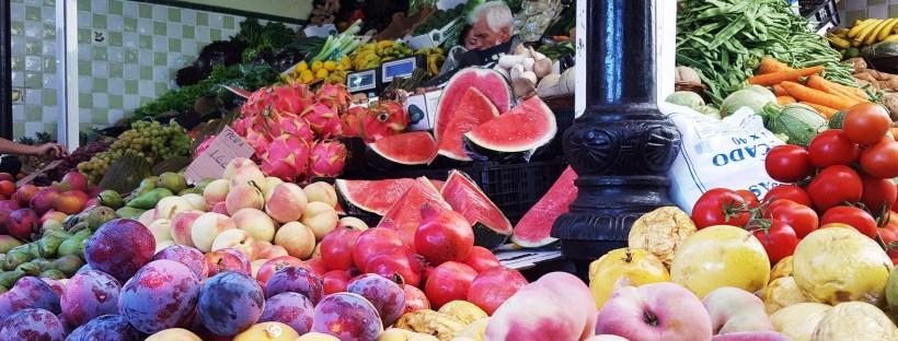 Obst und Gemüse auf einem Markt in Teneriffa (Foto: Dolls Küche)