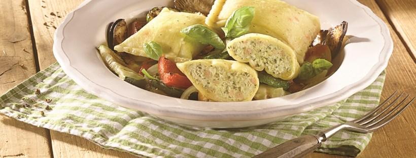 Tellergericht mit Maultaschen und Gemüse