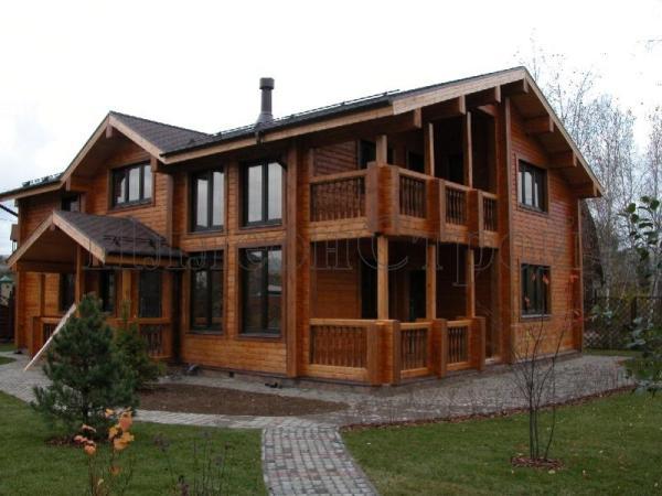 Строительство дома из клееного бруса дорого но быстро