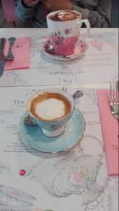 Selfieccino a macchiato v The Tea Terrace