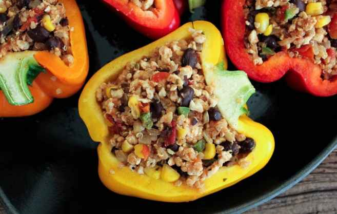 Turkey-and-quinoa-stuffed-bell-peppers-7