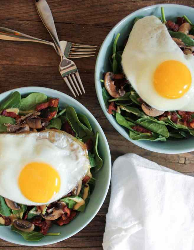 warm-spinach-salad-with-bacon-vinaigrette-and-a-fried-egg-5-2